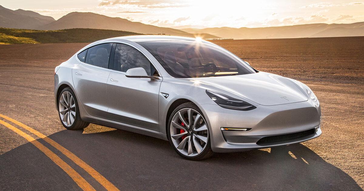 Tesla Model 3 будет в10 раз безопаснее обычного автомобиля