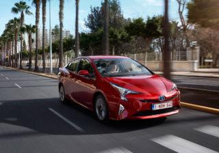 Toyota Prius в России