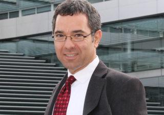 Тони Себа