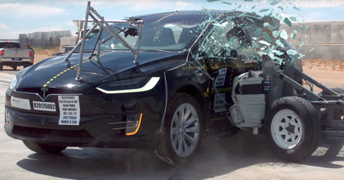 Краш-тест Tesla Model X