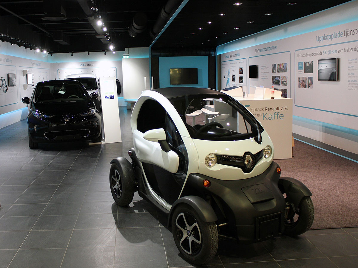 Renault_Electric_Vehicle_concept_store_in_Europe