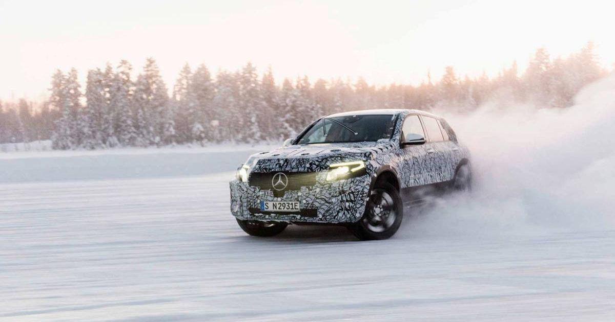 Всети появились первые изображения электрокроссовера Mercedes-Benz EQC