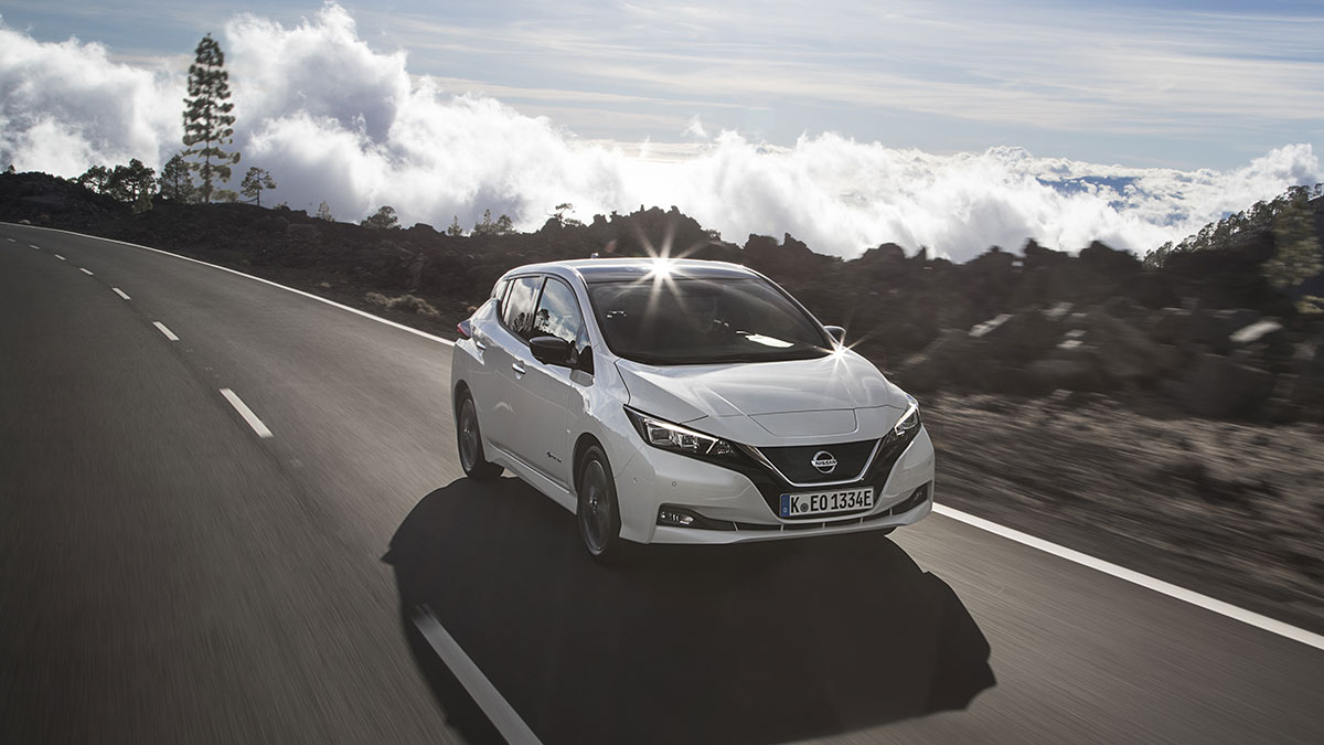 Nissan_Leaf_2018