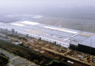 Гигафабрика Tesla в Китае