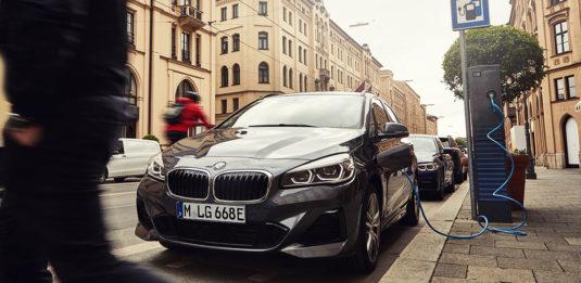 2019_BMW_225xe_Active_Tourer